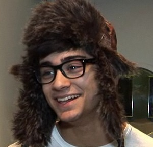Sizzlling Hot Zayn Lol (Love Ur Style) He Owns My Heart & Always Will :) x