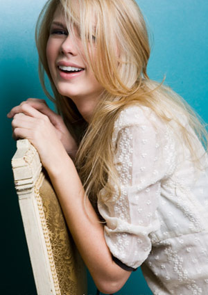 Taylor veloce, swift - Photoshoot #016: US Weekly (2007)