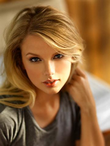 Taylor 迅速, 斯威夫特 - Photoshoot #021: Allure (2008)