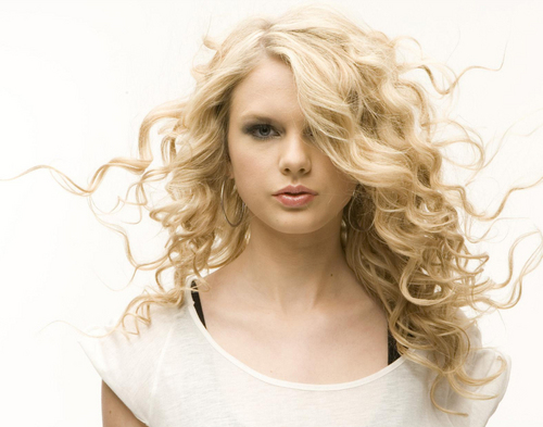 Taylor rápido, swift - Photoshoot #027: Blender (2008)