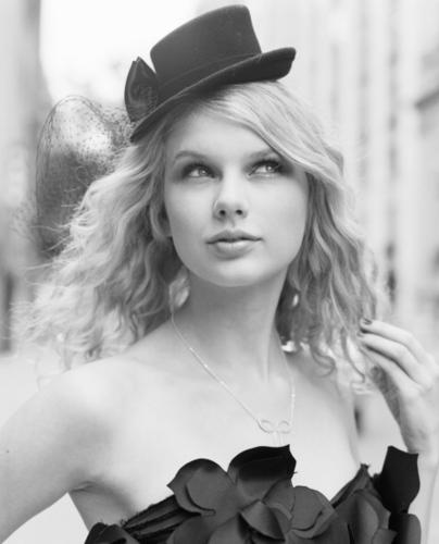 Taylor 迅速, 斯威夫特 - Photoshoot #031: Cosmo Girl (2008)