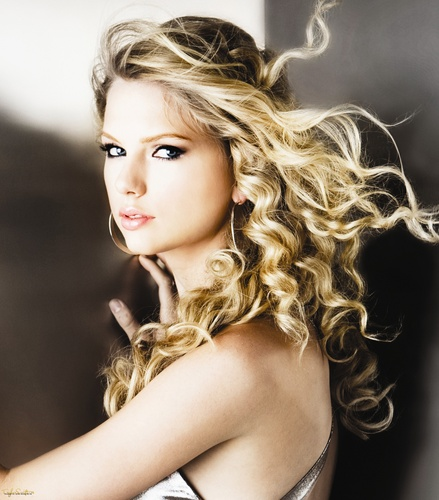 Taylor matulin - Photoshoot #033: Fearless album (2008)