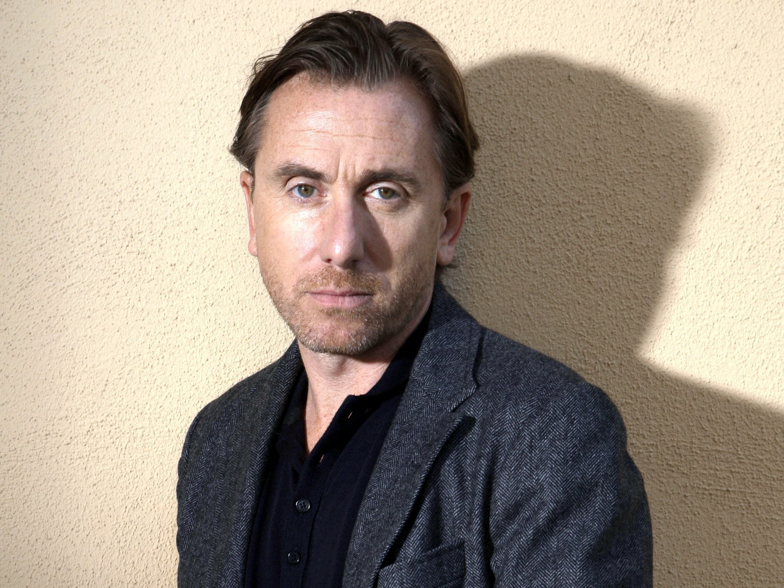 how tall is tim roth