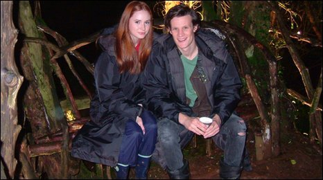 Matt Smith & Karen Gillan wallpaper probably with a well dressed person, a business suit, and a box coat entitled matt and karen