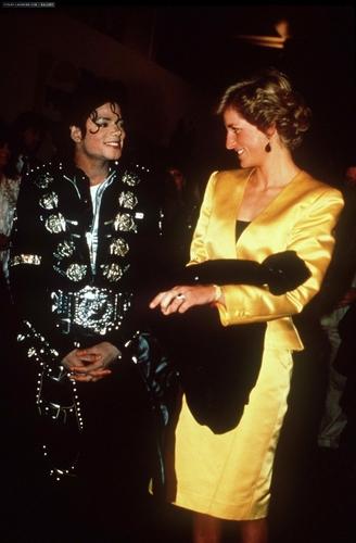 Công nương Diana hình nền probably with a buổi hòa nhạc titled michael meets princess diana