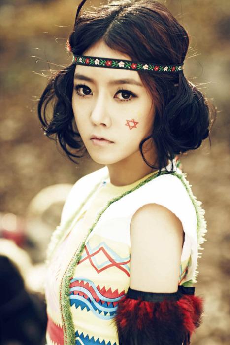 Soyeon (Park Injung) Soyeon-t-ara-tiara-17418488-467-700