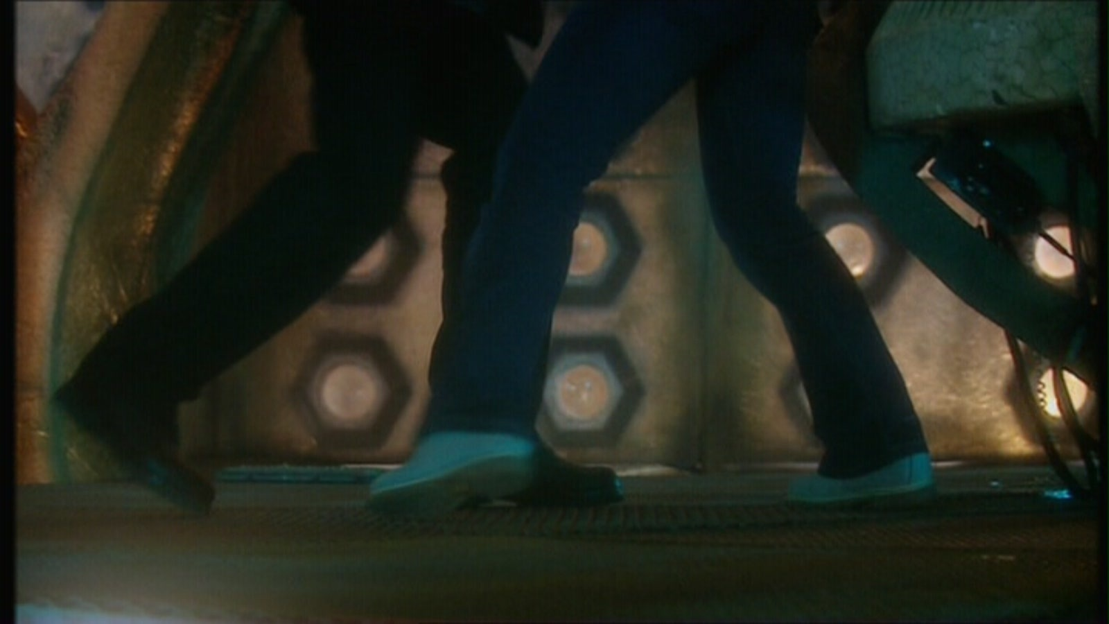 1x10 The Doctor Dances