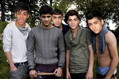 5 Sizzling Hot Zayns 4 The Price Of 1 (He Owns My puso & Always Will) Those Coco Eyes :) x