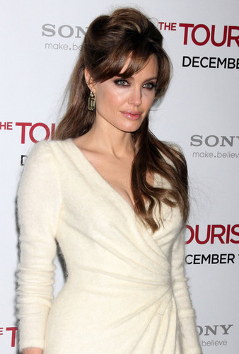 Angelina Jolie @ the Premiere of 'The Tourist'