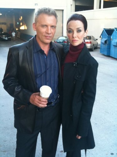 Annie & Callum Keith Rennie on S8 Set