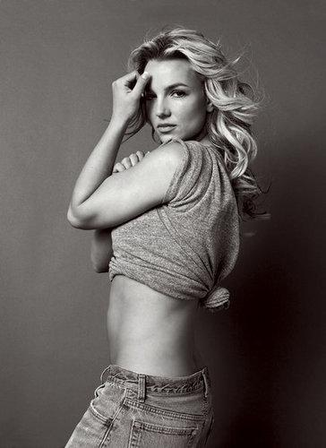 Britney ছবি