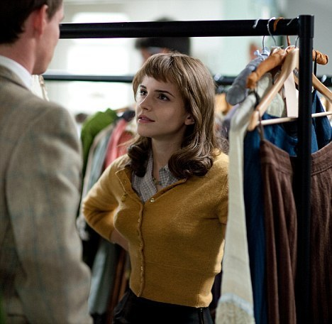 First official foto of Emma Watson in character from My Week with Marilyn