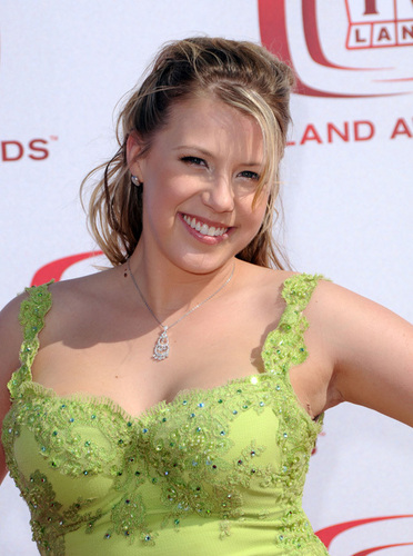 Jodie Sweetin Photos