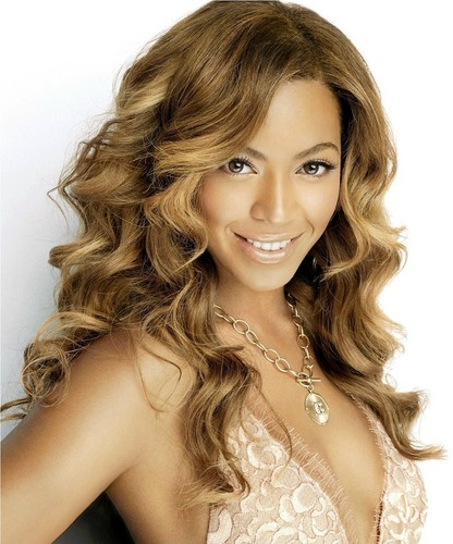 Beyonce wallpaper containing a portrait entitled Lovely Beyonce Photo