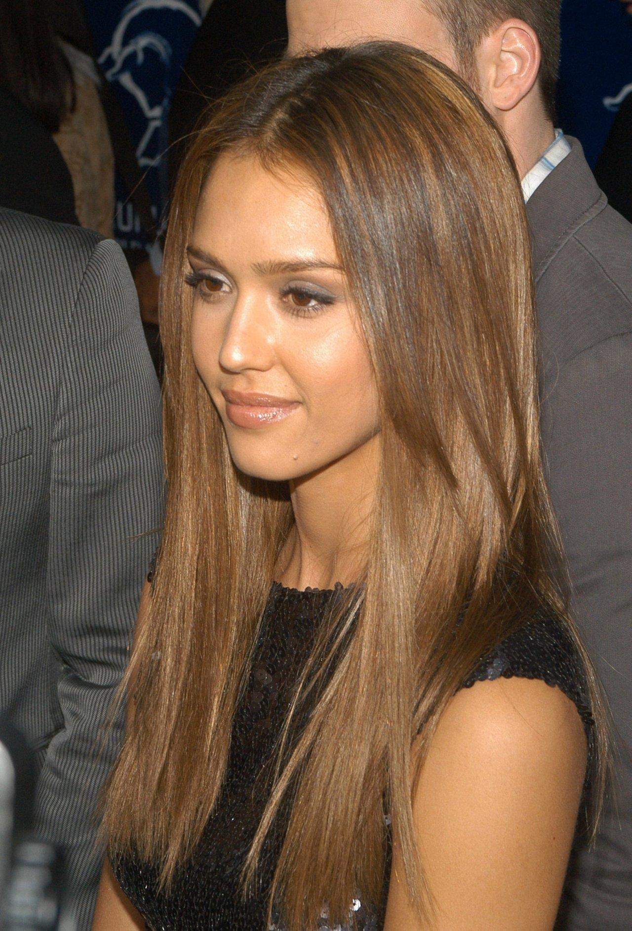 Lovely Jessica litrato