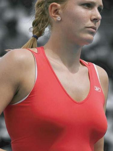 Nicole Vaidisova breast