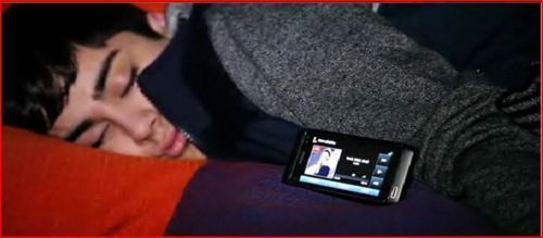Sizzling Hot Zayn Is Catching Up On Sum Needed Rest (My Sleeping Beauty) He owns My hati, tengah-tengah 4eva :) x