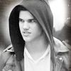 05. I would not let you my crown Taylor-taylor-lautner-17514265-100-100