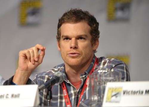 Michael C. Hall wallpaper possibly with a newspaper, a sign, and a packing box called The Anti-Heroes of Showtime Panel - Comic-Con 2010