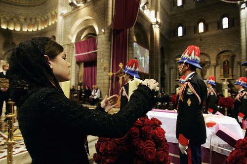funeral prince rainier inside servise