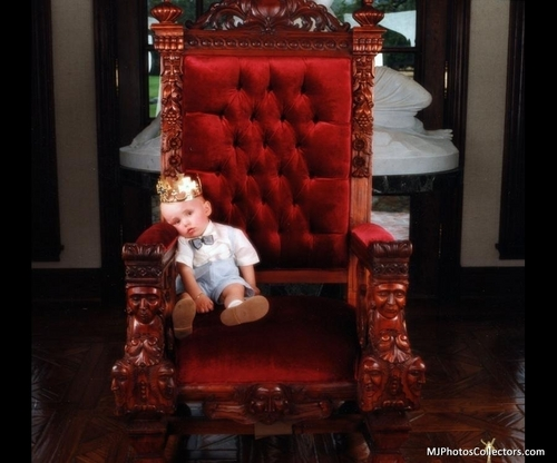 Prince Michael Jackson wallpaper with a throne called prince and michael