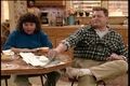 1x01- Life and Stuff - roseanne screencap