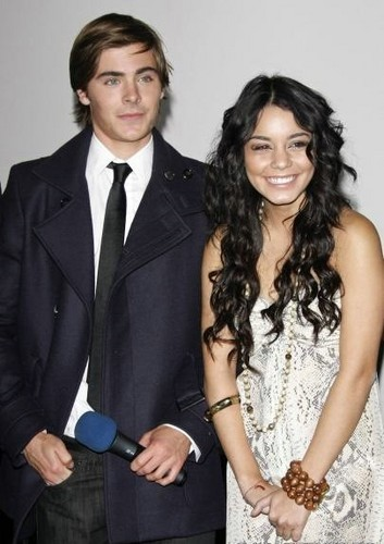 Zannessa Hintergrund possibly containing a business suit, a well dressed person, and a suit titled 2008, Zac & Vanessa
