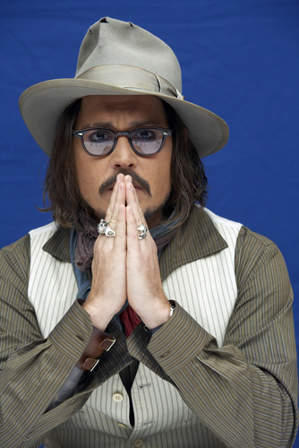 Джонни Депп Обои containing a fedora titled 2010 - The Tourist, NY Press Conference - Johnny Depp