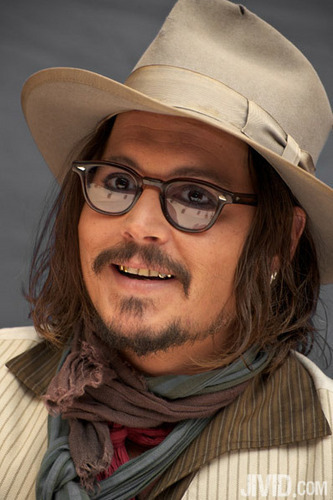 2010 - The Tourist, NY Press Conference - Johnny Depp