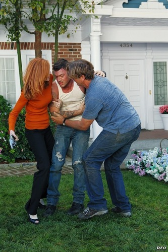 Brian on Desperate Housewives 7x10