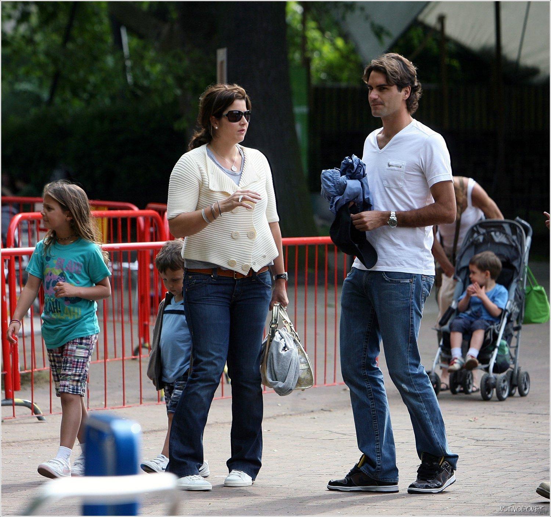 Фото роджера федерера с детьми