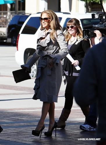 Jennifer arriving to the American Idol studio - Hollywood week 12/8/10