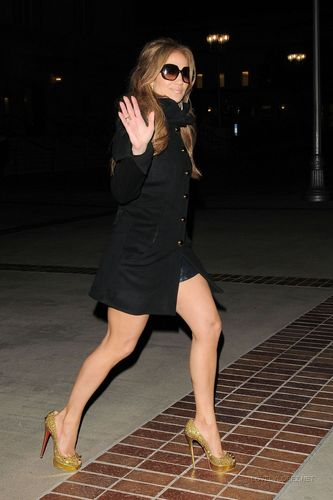 Jennifer leaving the taping of 'American Idol'