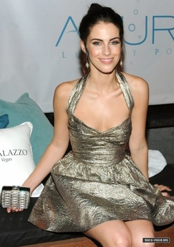 Jessica @ 2010 Hollywood Style Awards