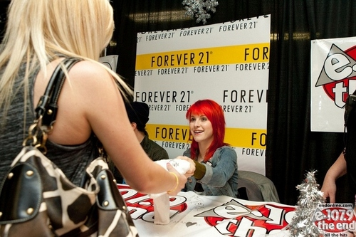 Jingle Ball 2010 - Meet & Greet