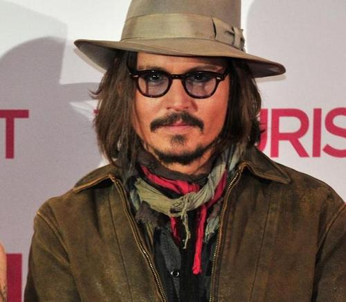 Johnny Depp wallpaper containing a fedora entitled Johnny Deep in Berlin, 14 Dec. 2010