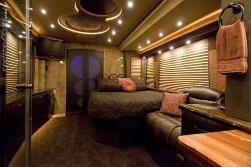 Justin's Tour Bus