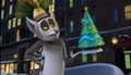 King Julien and Christmas Tree - king-julien-official-club screencap