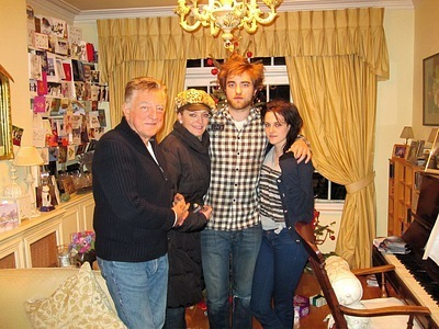 Kristen with Rob's Family at last pasko