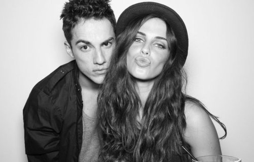 http://images4.fanpop.com/image/photos/17600000/Michael-Trevino-and-Jessica-Lowndes-the-vampire-diaries-tv-show-17684900-500-319.jpg