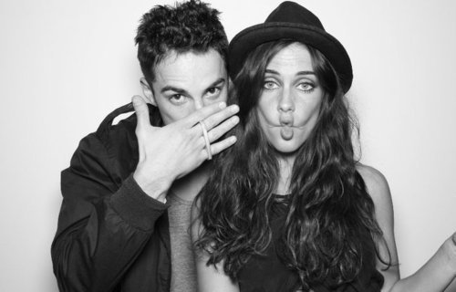 http://images4.fanpop.com/image/photos/17600000/Michael-Trevino-and-Jessica-Lowndes-the-vampire-diaries-tv-show-17684901-500-320.jpg