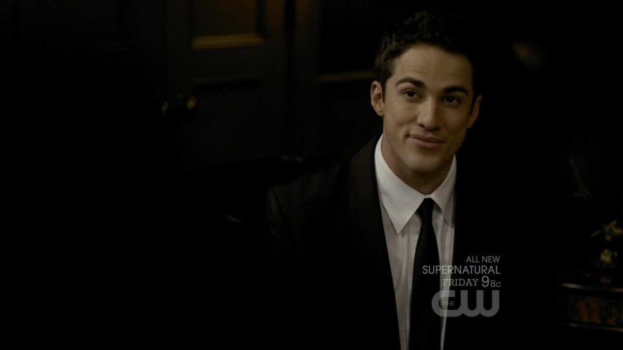 Michael Trevino - Images Gallery