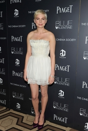 Michelle Williams - The Cinema Society & Piaget Host A Screening of Blue Valentine (13.12.2010)