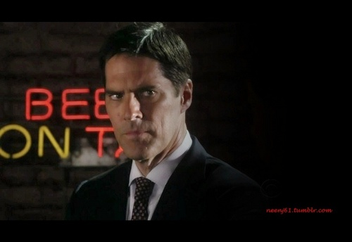 SSA Aaron Hotchner fond d'écran with a business suit called My Hotch Man