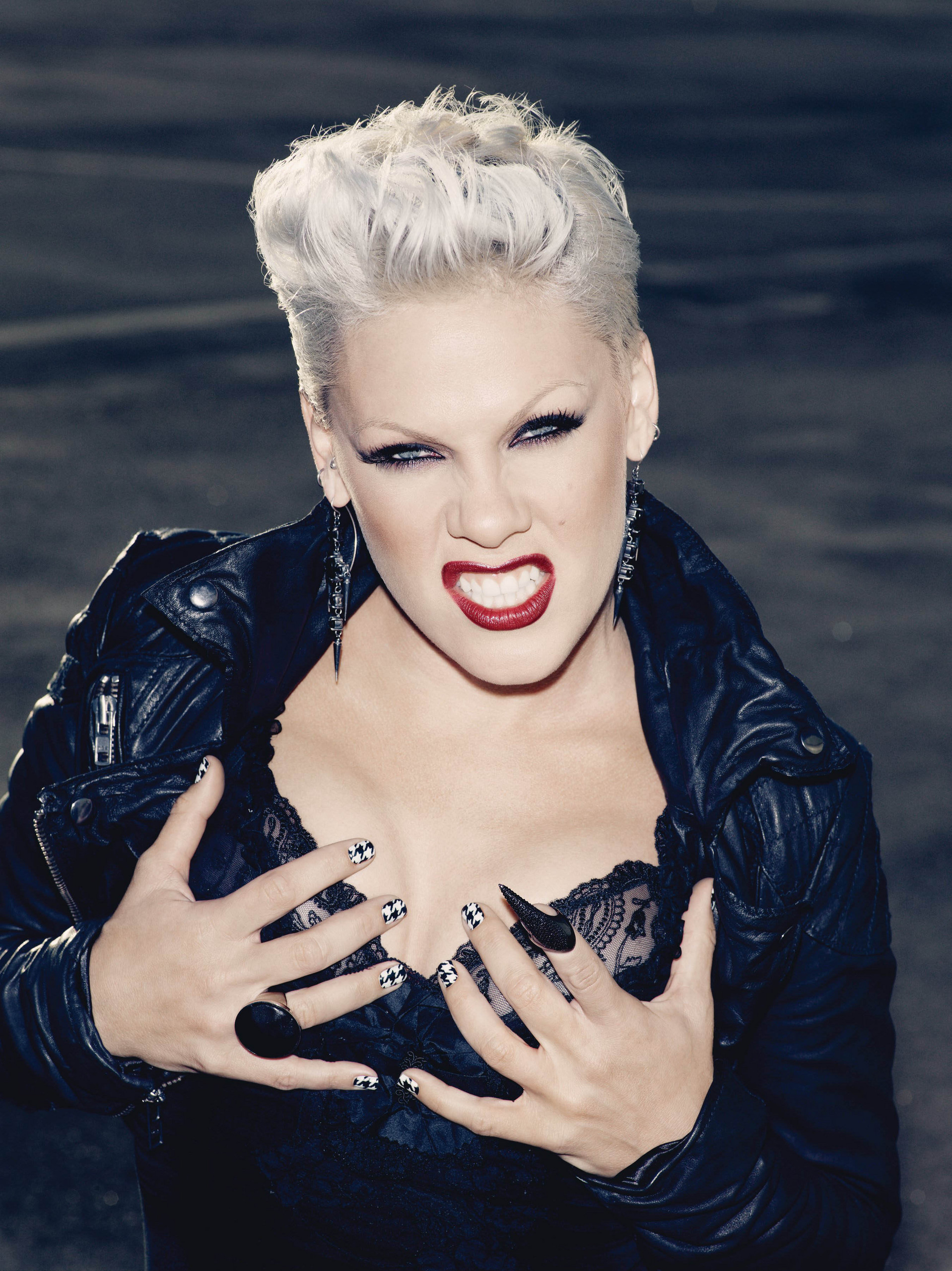 P!NK - Pink Photo (17642242) - Fanpop