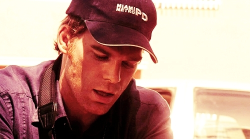 Dexter kertas dinding entitled Season 2- Dexter