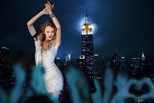 Taylor Swift: Speak Now Thanksgiving संगीत कार्यक्रम Special