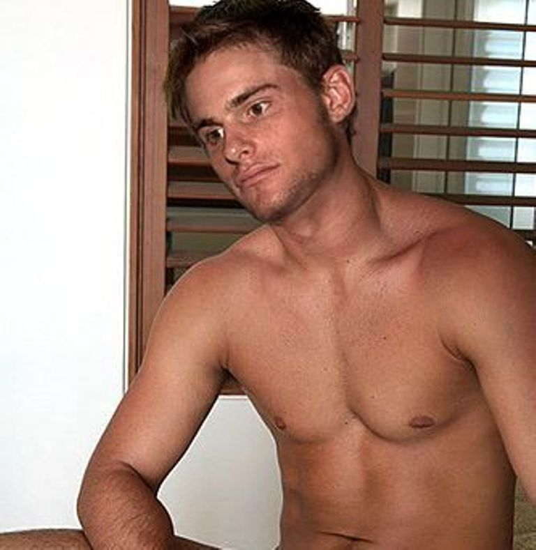 Sexy picture of andy roddick