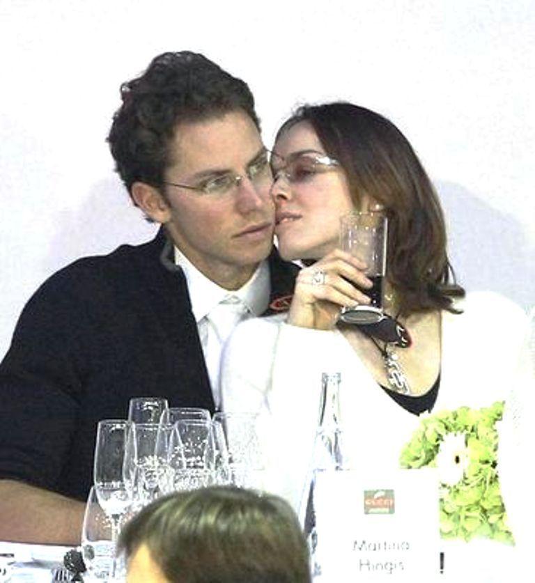 hingis ciuman