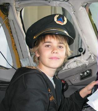 little justin :) - Justin Bieber Photo (17644117) - Fanpop